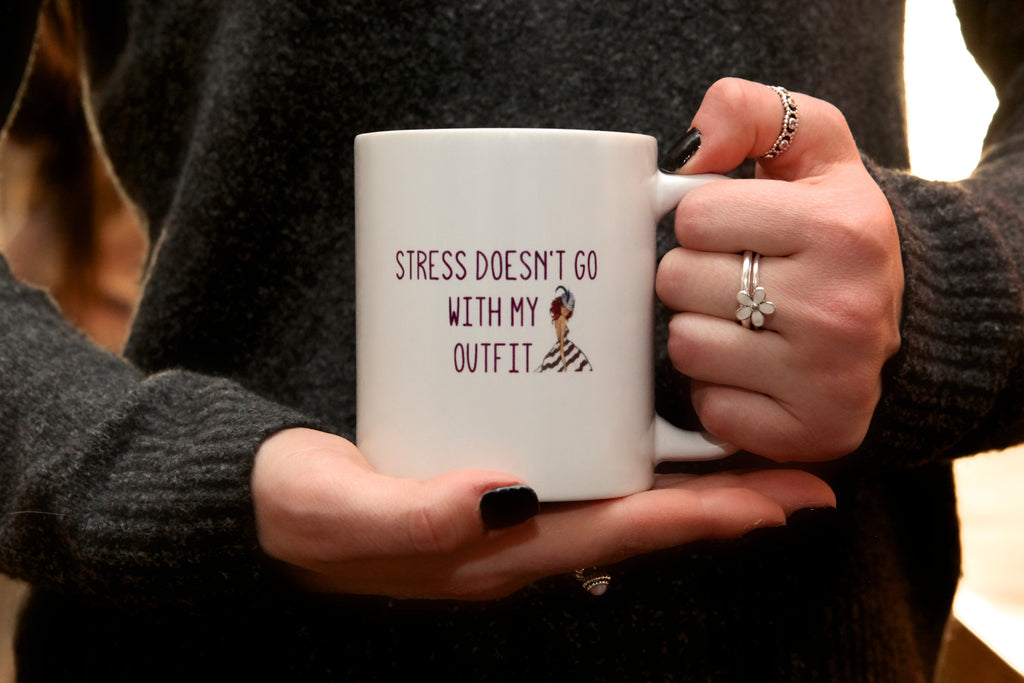 stress doesn't go with my outfit mug