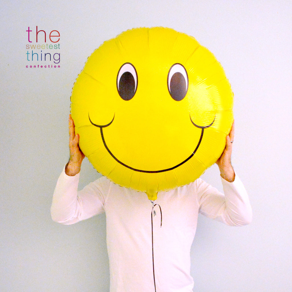 "31"" smiley face balloon"