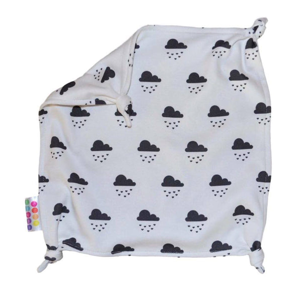 Cloud of Hearts Organic Comforter Blanket