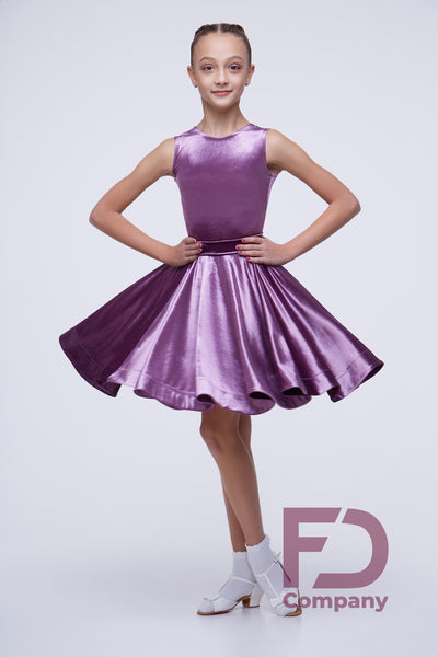 A beautiful Juvenile Dance Dress for girls made with quality stretch velvet.  This gorgeous girls dance dress complies with all the rules of International DanceSport.  Always check with your coach for your local dancesport guidelines.  FREE AUSTRALIA WIDE STANDARD SHIPPING with tracking !  Available in Stretch Velvet Cherry, Red, Blue, Bronze, Lilac & Dark Green.
