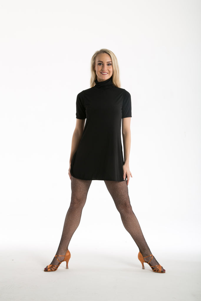 A relaxed loose fit tunic dress to be worn as you like to style it.  Worn alone, Belted, over trousers, leggings or on it's own. This short dress covers everything!  Available from small child Size 1 through to Adult size 7.