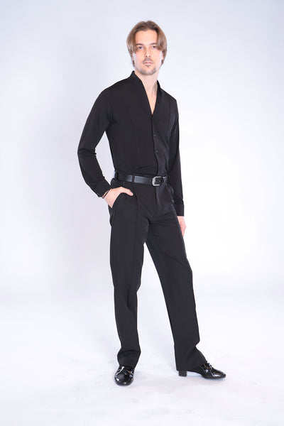 Quality, classic mens dance trousers with pleats and pockets.  Suitable for standard and latin, these stylish mens dance pants are made with gabardine and elastane for stretch, comfort and a professional look and fit.   Made with flowing gabardine with elastane.  94% polyester - 6% elastane.