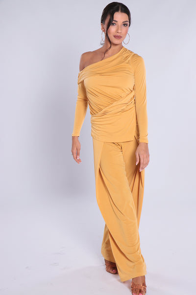 Stylish and elegant, high quality ladies top for dance, evening wear and day wear made with soft falling jersey crepe with elastane.  Perfect for all occasions.  Asymmetrical one-shoulder shape with ruching, long sleeves for a luxurious look.