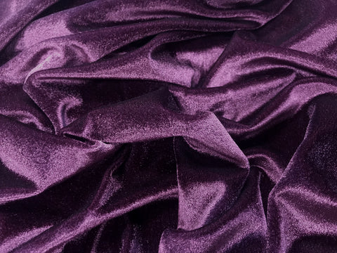 Luxury smooth velvet, great for body areas giving that elegant look.  WIDTH:  140cm (56 in)  90% Polyamide 10% Elastine.