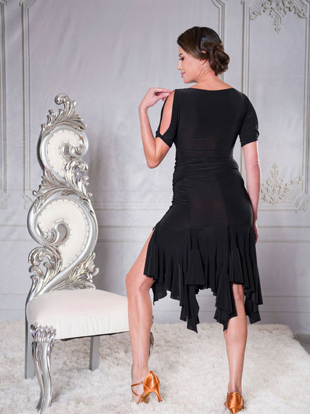 FREE AUSTRALIA-WIDE SHIPPING with tracking!  This 6 panel skirt features an asymmetric diagonal ruffled hemline for constant movement - this skirt will accentuate all hip action and speed of movement.  Perfect for lessons, competition, evening wear or performance!