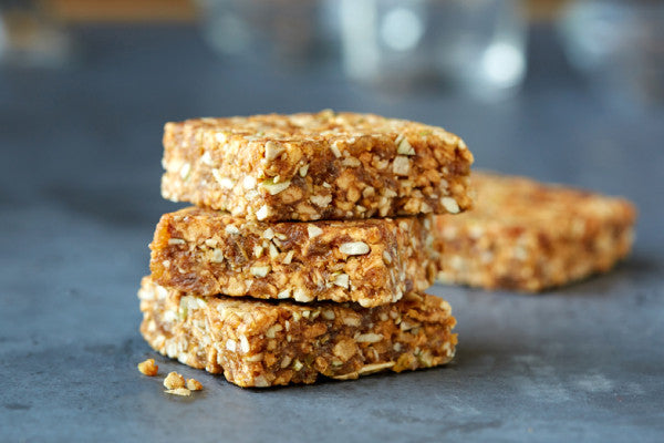 Apple Cinnamon  | Gluten Free Nut Free Vegan Energy Bar- ommiesnacks.com