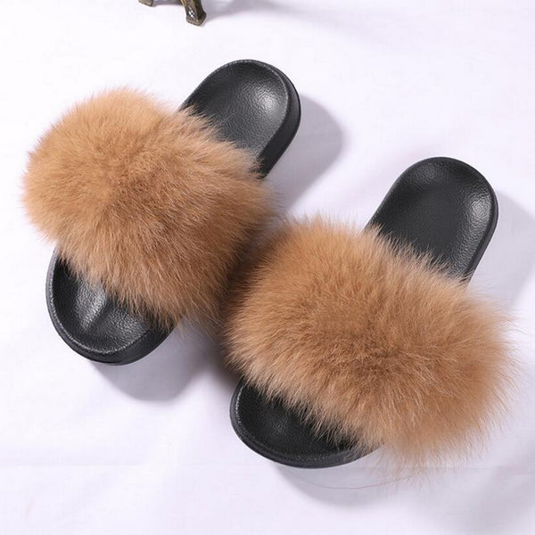 sandals, comfortable sandals, winter shoes, winter fashion, winter kicks, summer kicks, fluffy shoes, fur sandals