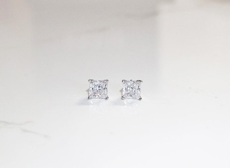 Princess cut Stud Earrings (0.5ct, 1ct,2ct)