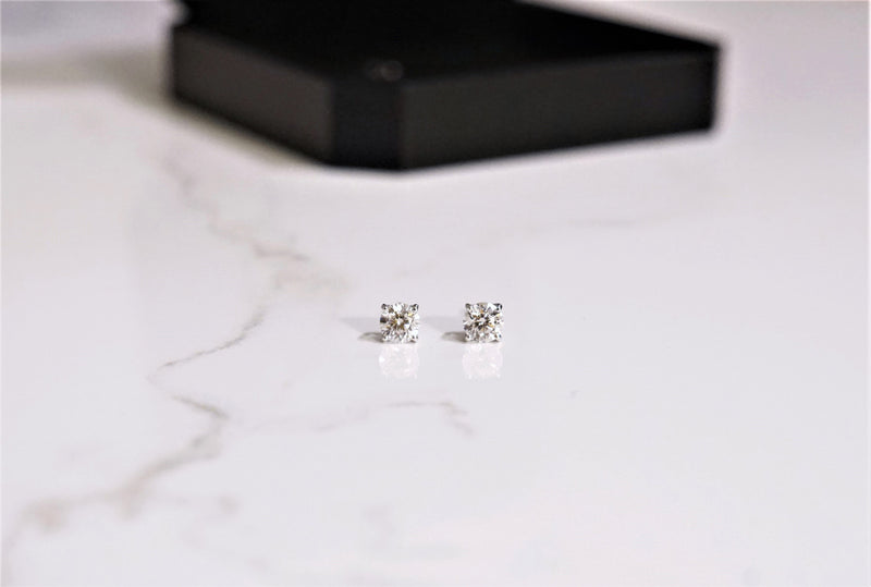 4 Prong Stud Earrings (0.3ct 0.5ct, 1ct, 2ct)
