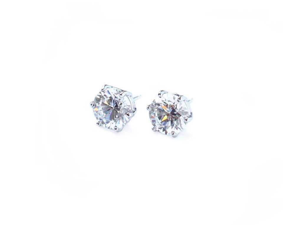 6 Prong Stud Earrings (0.3ct, 0.5ct, 1ct, 2ct)
