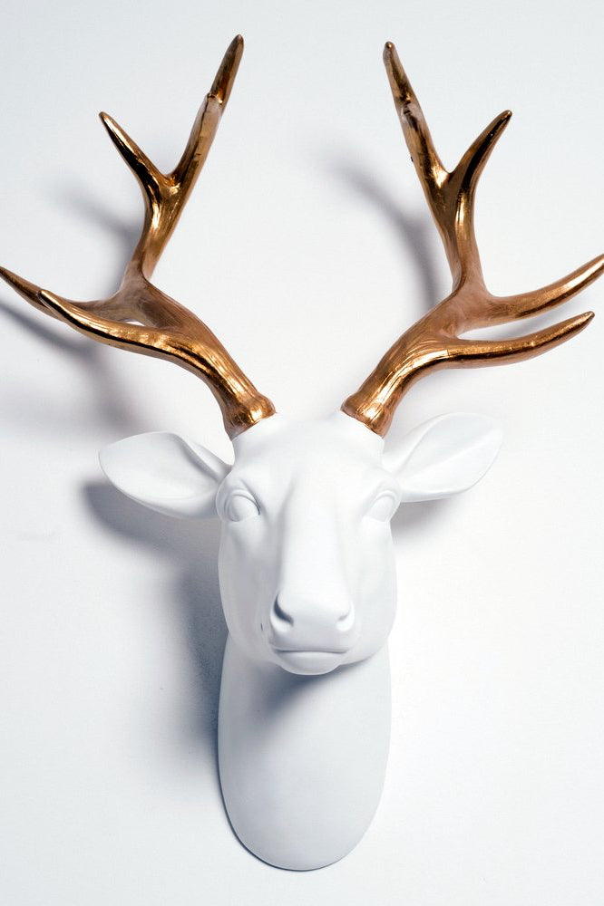 Deer Head | White & Gold