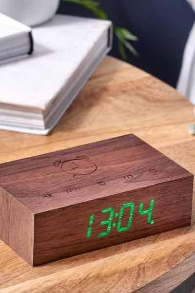 Flip Click Clock - Walnut