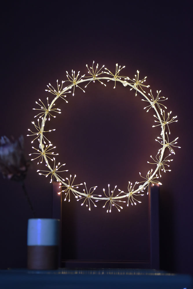 Starburst Wreath | White | 45cm