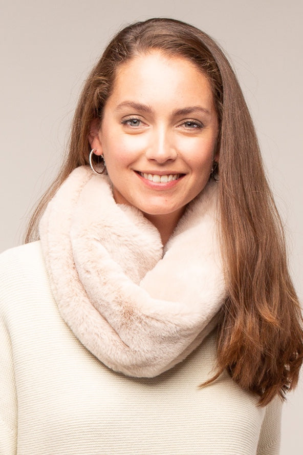 Suzie Faux Fur Snood - Cream