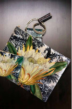 Make-Up Bag with Velvet Pouch | Waterlilly