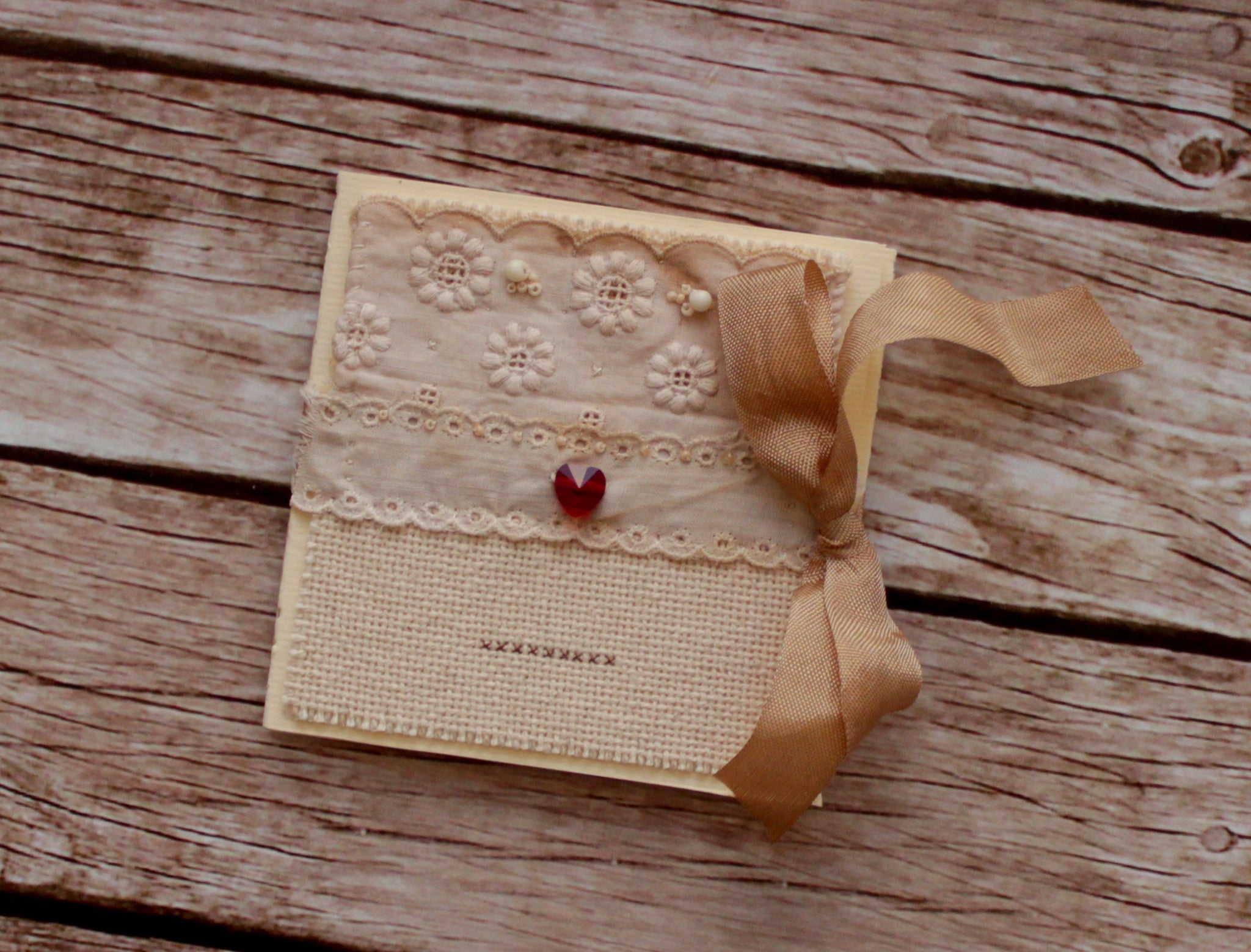 Set of romantic love greeting cards with Swarovksi hearts and vintage laces