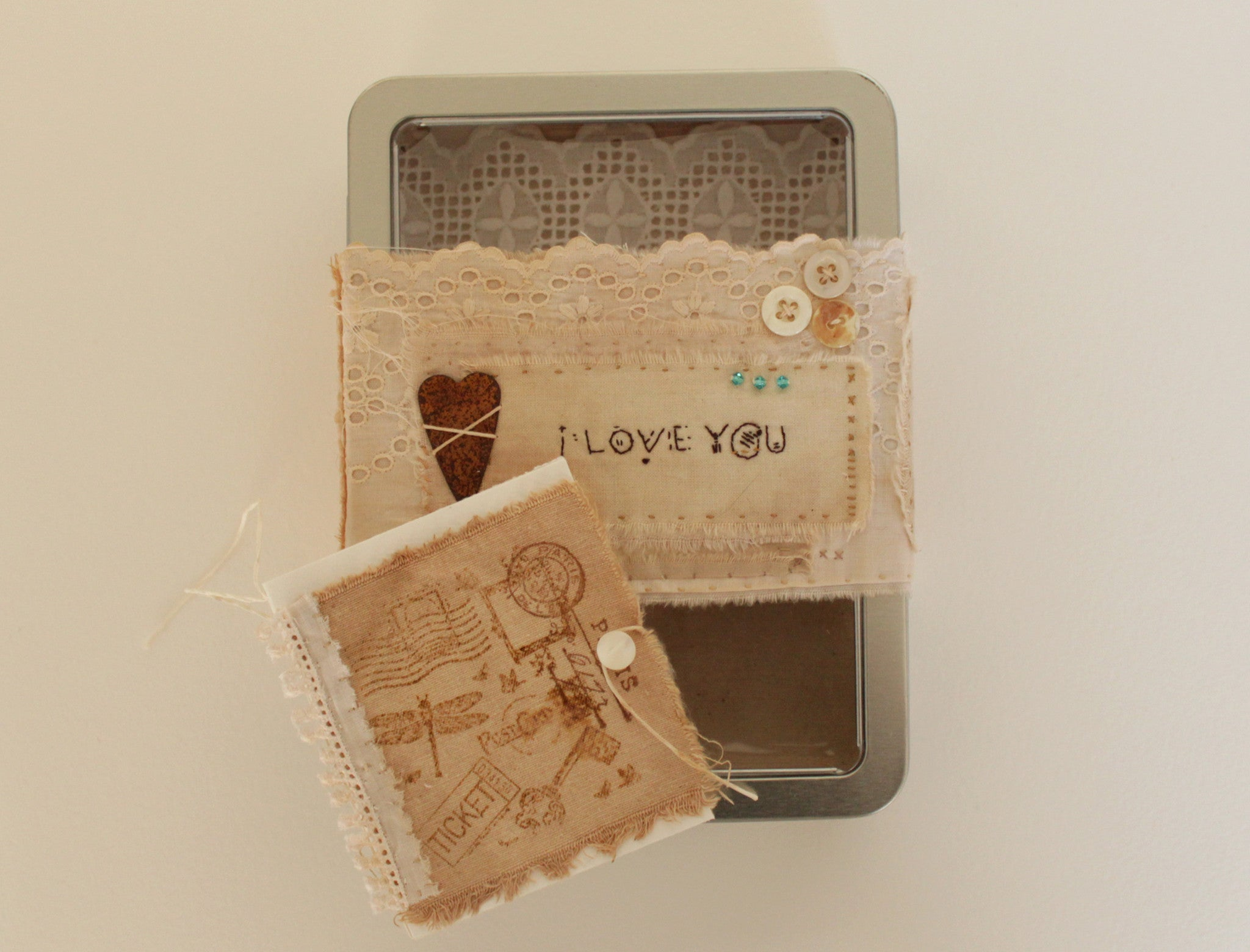 OOAK tin box gift set -- Rusty heart -- I love you -- LOVE IN A BOX