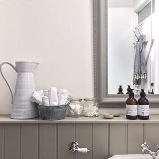 Bathroom Shelfie