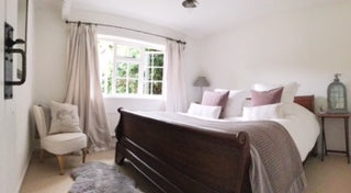 Calm Bedroom in Pink and Grey