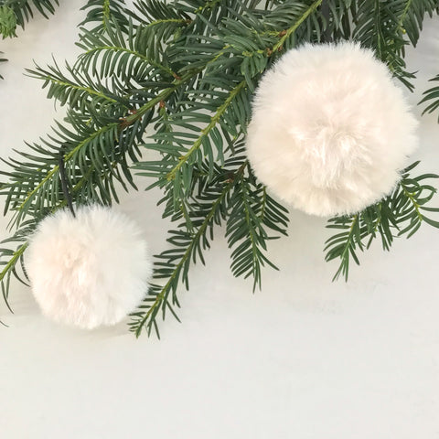 Small Fluffy Ivory Bauble