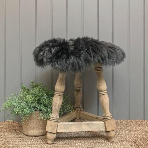Sheepskin Seatpad in Dark Grey
