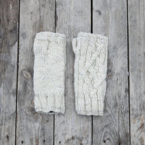 Handknitted Cable Wristwarmers in Natural