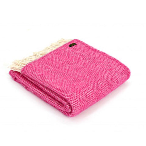Pure New Wool Throw in Cerise Pink Beehive