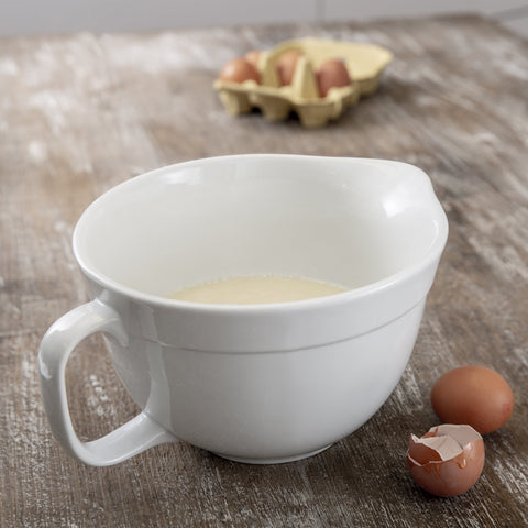 Porcelain Mixing Bowl with Handle