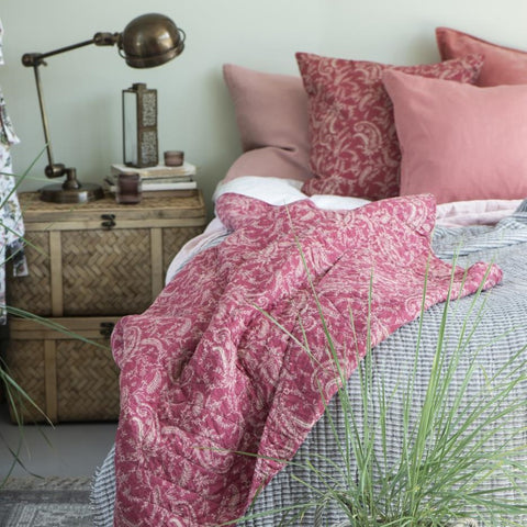 Pink Paisley Quilt