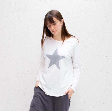 Long Sleeve White T-Shirt With Grey Star