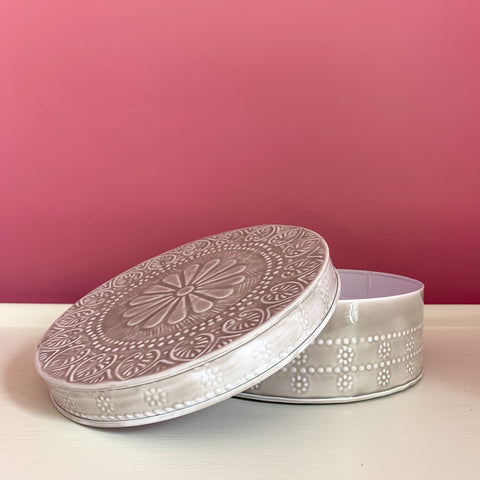 Round Embossed Box in Grey