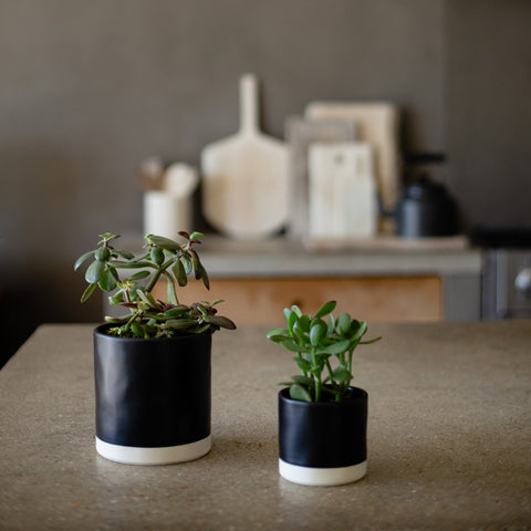 Tilli Small Pot Black