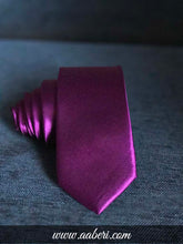 Load image into Gallery viewer, Purple Mens Shinny Neck Tie
