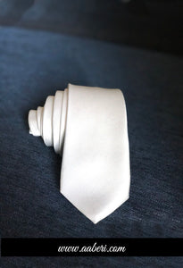 White Customised Tie , Wedding Necktie, White Groomsmen Tie, Mens Skinny Tie, Favors Gifts