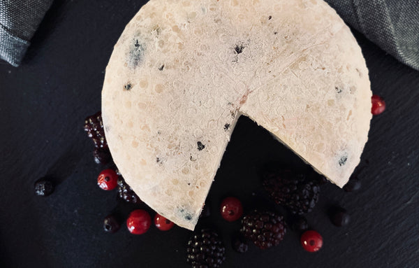 Gobbo with Forest Berries, 100% raw alpine sheep's milk
