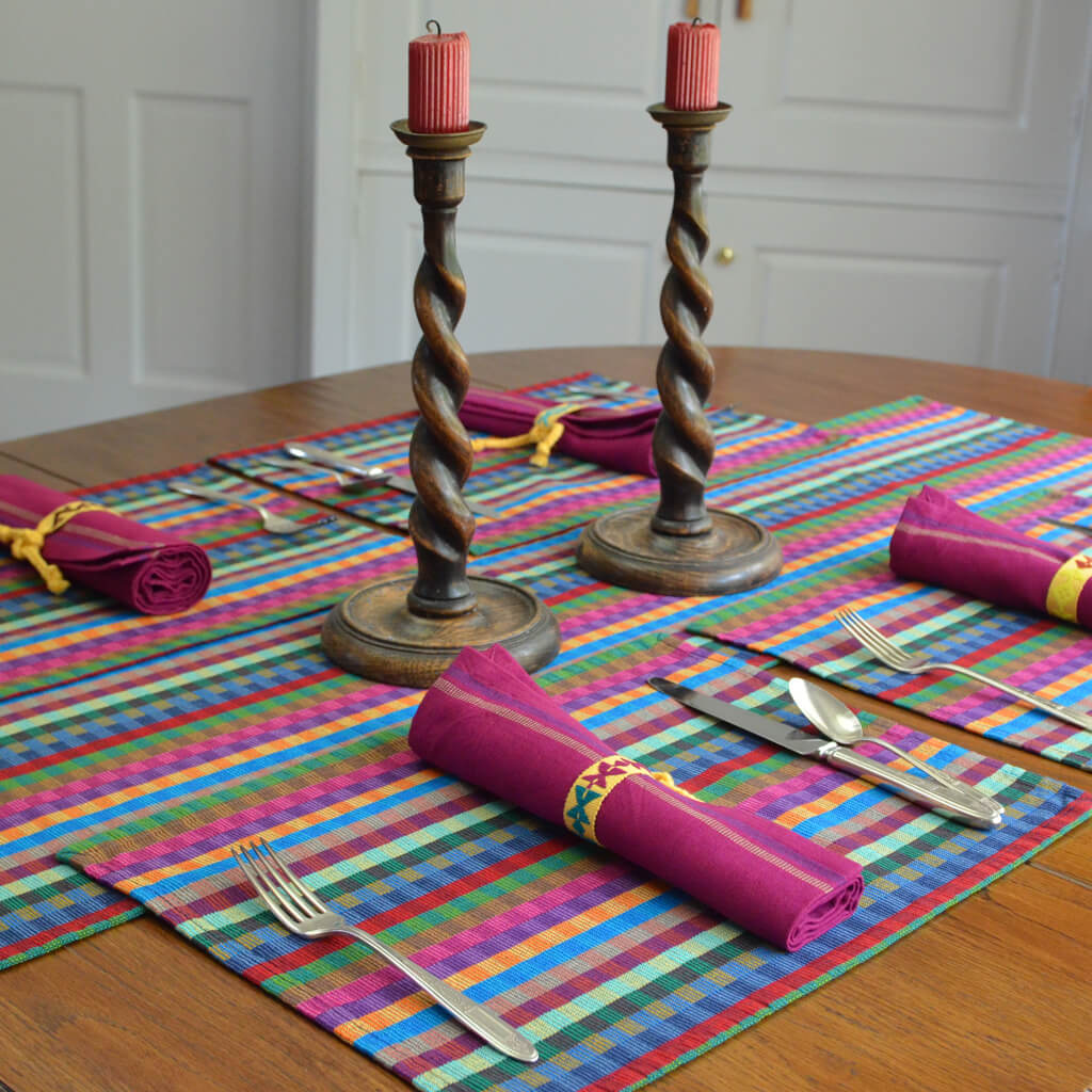 Cuadritos Table Runners