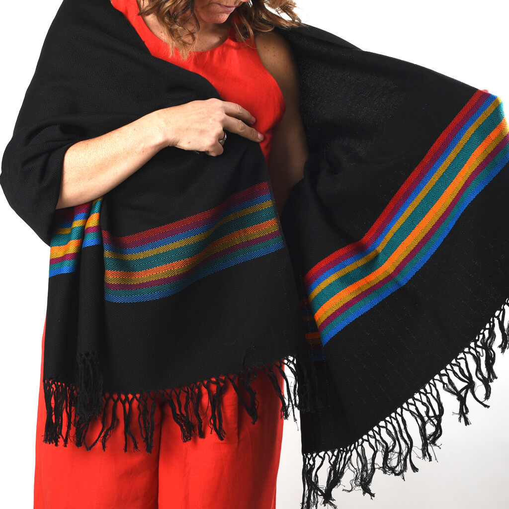 Border Wraps | Black with Southwest Primaries