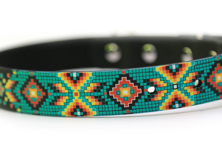 Waterproof Dog Collar - Aztec Pattern Closeup