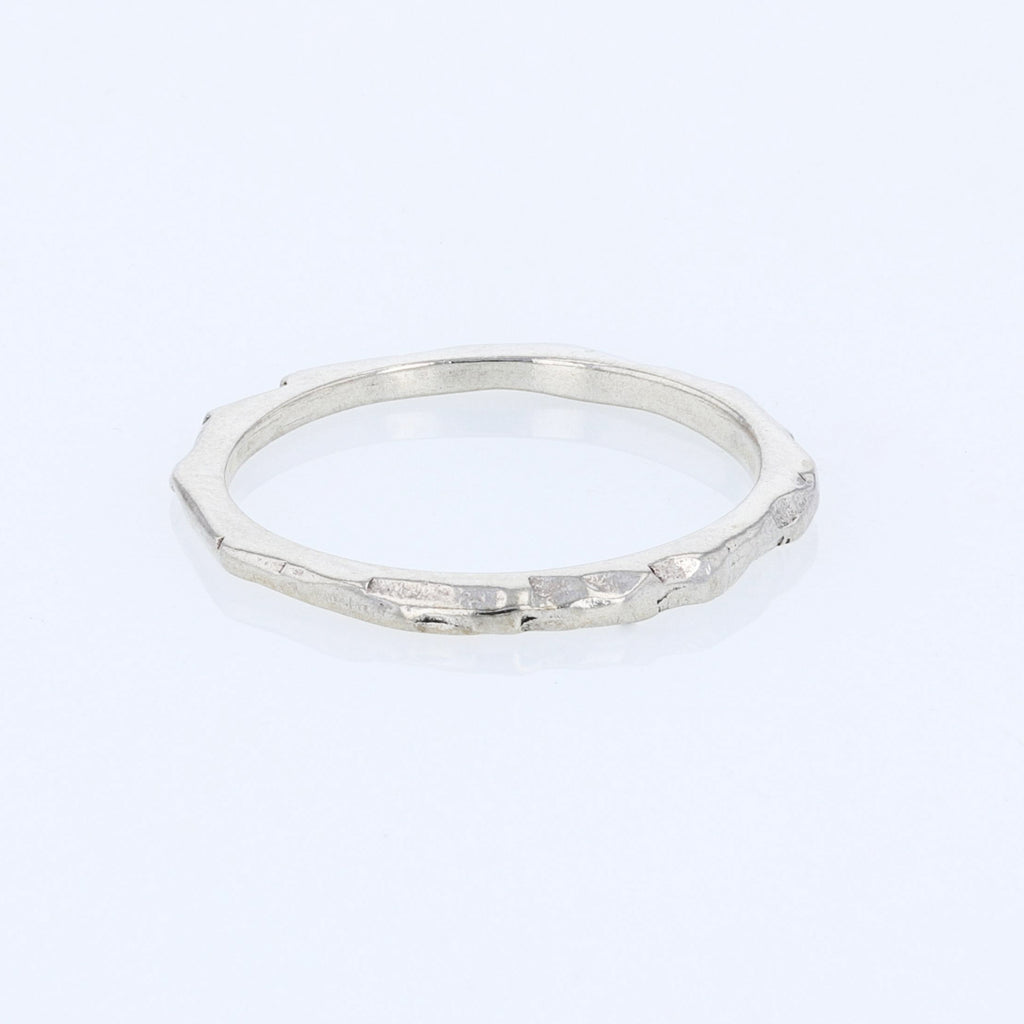 Thin Rock Ring
