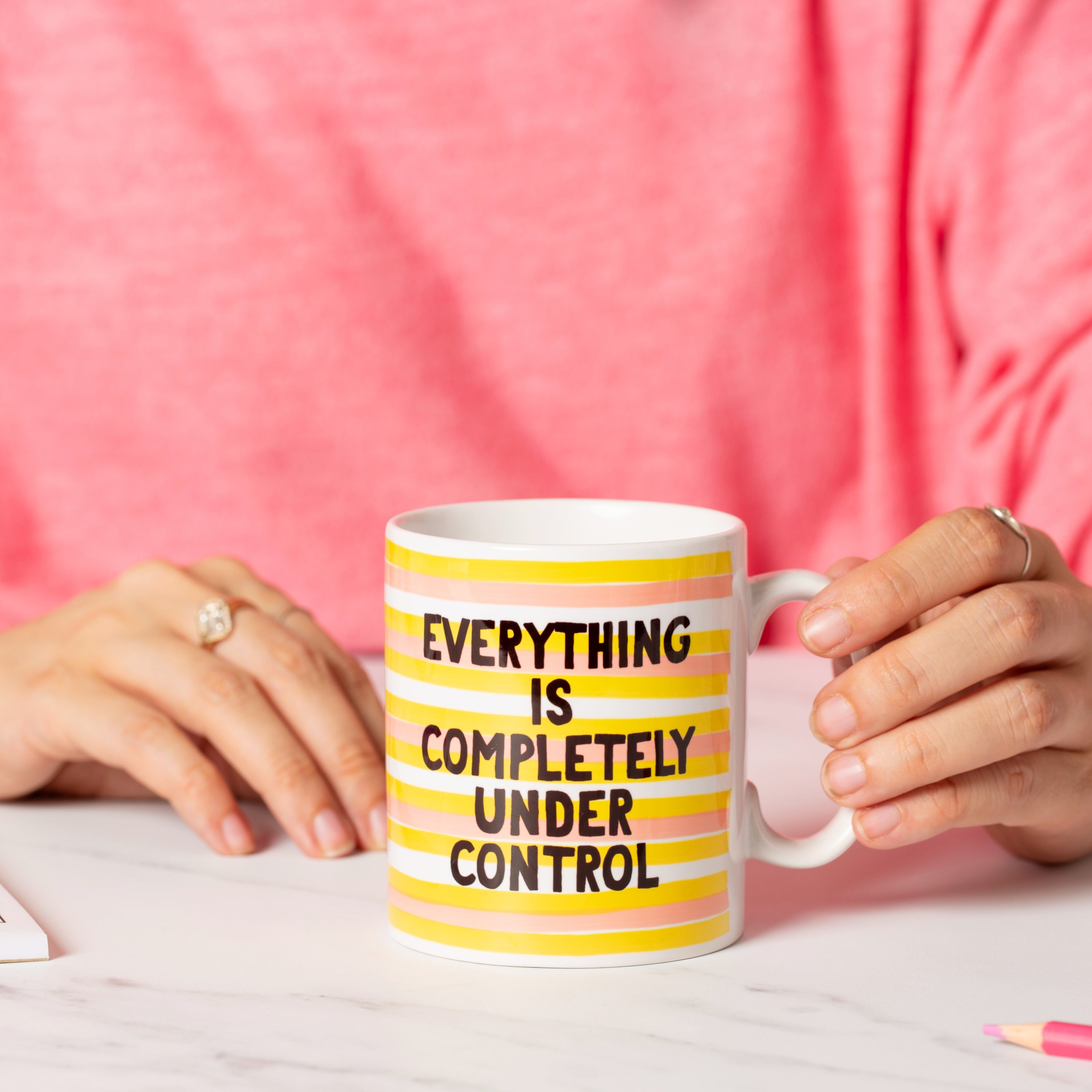 Mug - Everything Is Absolutely Under Control - Oh, Laura