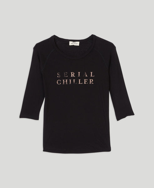 Serial Chiller T-shirt                    Selena                                        Zwart