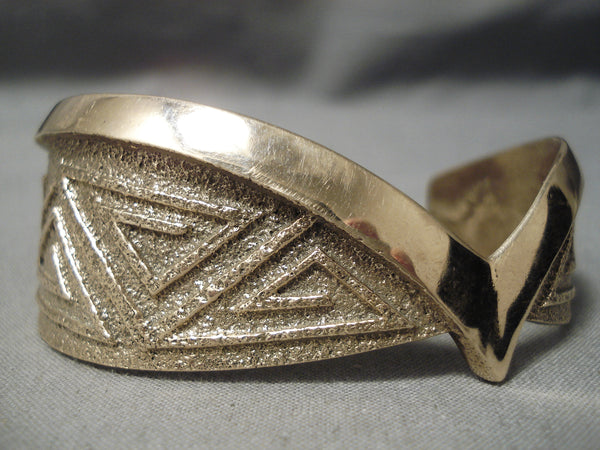 Best Aaron Anderson Solid 14k Gold Important Native American Bracelet