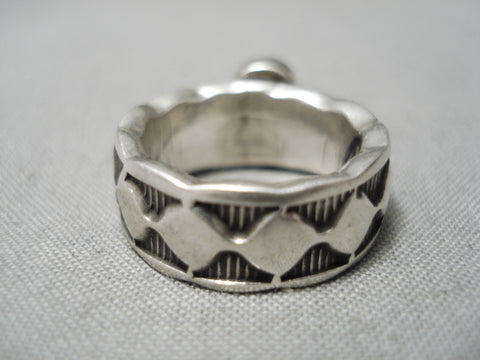 Rare Vintage Navajo Sugulite Sterling Silver Native American Ring