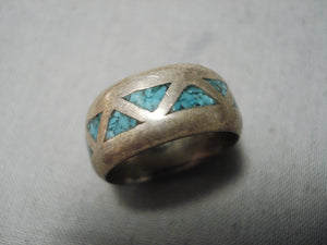 Exquisite Vintage Native American Navajo Turquoise Chip Inlay Sterling Silver Ring