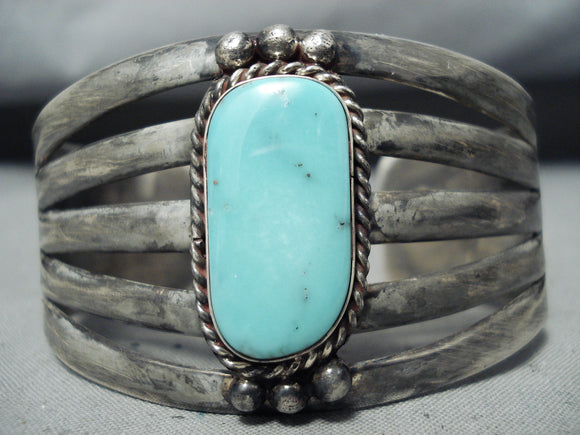 Marvelous Vintage Native American Navajo Pilot Mountain Turquoise Sterling Silver Bracelet