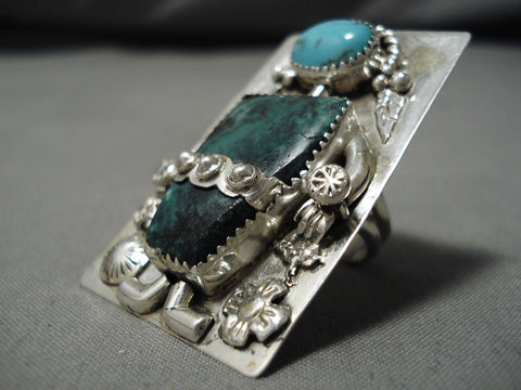 Astonishing Vintage Native American Navajo Blue Gem Turquoise Sterling Silver Ring