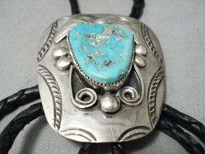 Natural Turquoise Detailed Vintage Native American Navajo Sterling Silver Bolo Tie Old