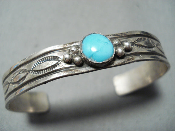 Remarkable Vintage Native American Navajo Sleeping Beauty Turquoise Sterling Silver Bracelet