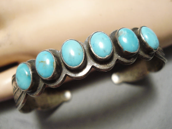 Amazing Vintage Native American Navajo Domed Turquoise Sterling Silver Bracelet Old