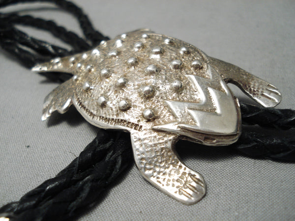 Incredibly Detailed Vintage Native American Navajo Sterling Silver Toad Bolo Tie